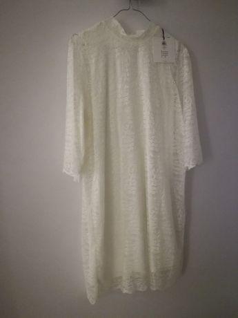 Nowa koronkowa sukienka rękaw 3/4 r. L 40