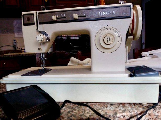 Máquina de costura Singer profissional