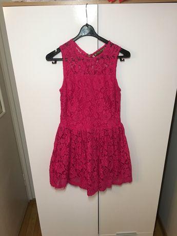 Śliczna koronkowa sukienka!
