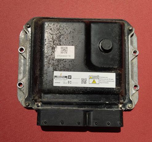 Блок управления двигателем Opel Astra H 1.7 cdti 98002895 8980028951