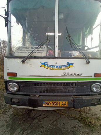 Автобус Ікарус 211