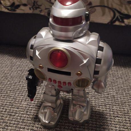Робот говорящий игрушка