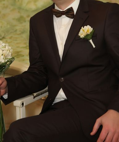 Костюм шоколадного цвета свадебный GIOVANNI GILBERT бабочка весільний
