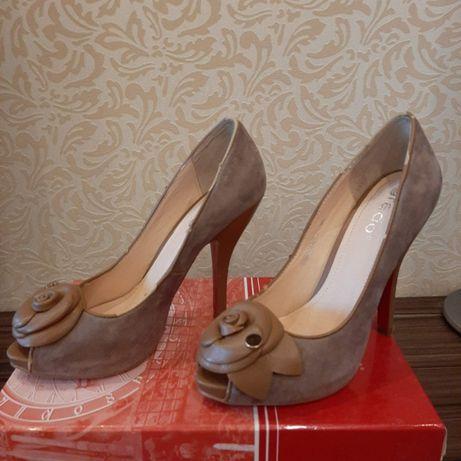 Туфли замшевые, размер 37.