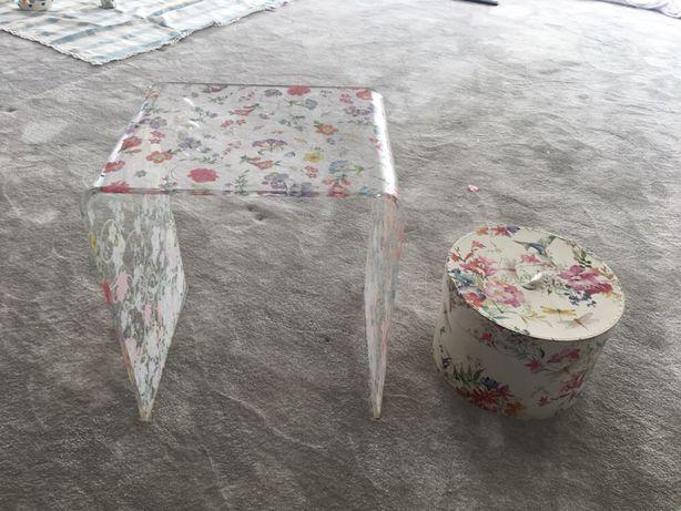 Mesa de apoio/ mesa de cabeceira zara HOME