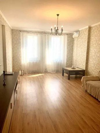 2-х комнатная квартира на Ак. Сахарова с евроремонтом.
