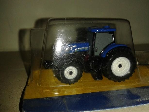 Miniatura porta chaves trator NEW HOLLAND 210