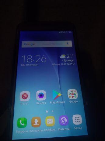 Samsung Galaxy J7 Битый