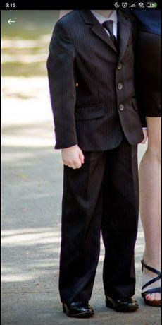 Школьная форма. Пиджак и брюки (жилетка)