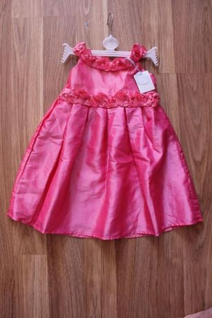 Новое нарядное платье Primark, украшено розочками