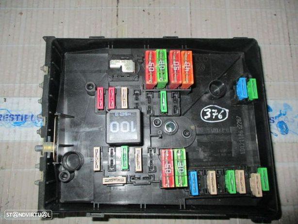 Caixa fusiveis seat leon audi a3 1K0937125A SEAT / LEON / 2006 / 1.9TDI / TYCO / AUDI / A3 / 2006 / 1.9TDI / TYCO / SEAT / ALTEA / 2006 / 1.9TDI /