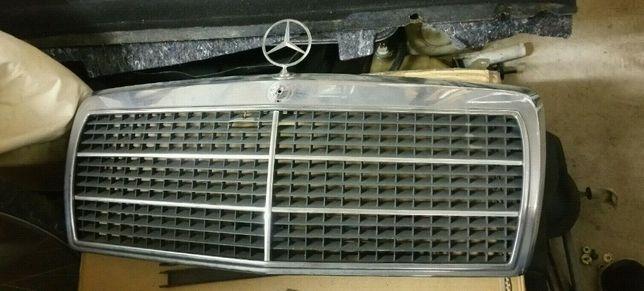 Mercedes 190d grelha