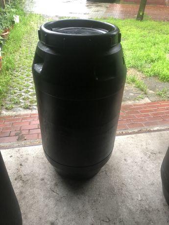 Beczki plastikowe 250L/270 L/ na deszczówkę/Z pokrywką