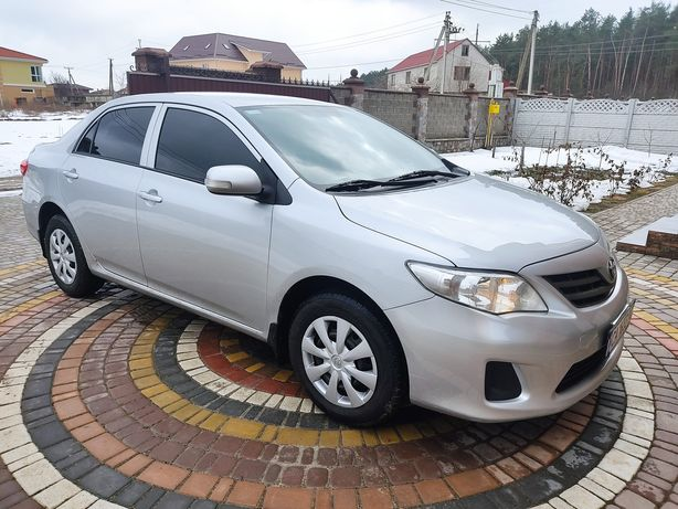 Toyota Corolla 2011г 1.33 6ст.кпп 7450$