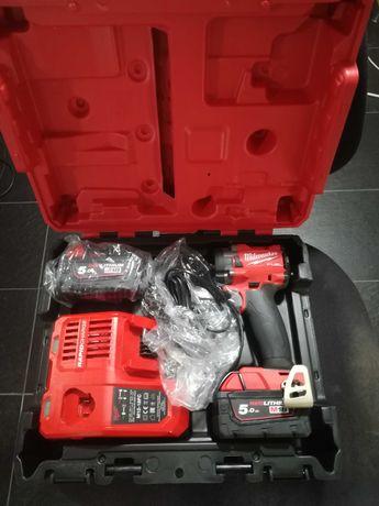 Milwaukee Fuel M18 Impact 3/8 completa com 2 baterias GEN-3