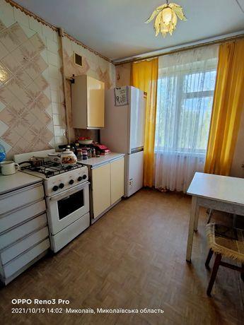 Продам 1 комнатную квартиру в центре Октябрьского.