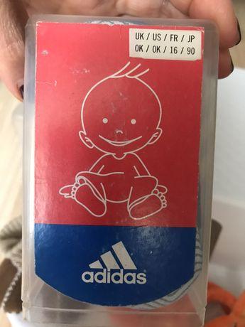 Пинетки фирмы addidas