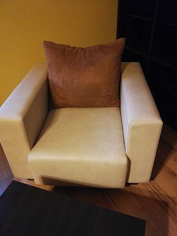 Fotele 2 szt + pufy 2 szt. - Komplet