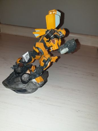 Figurka transformers bumblebee