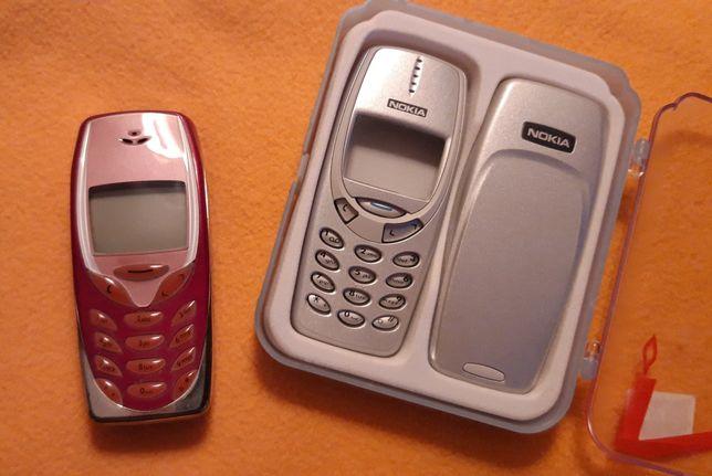 Nokia 3310 z oryginalną srebrną obudową
