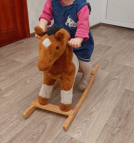 Лошадь качалка детская