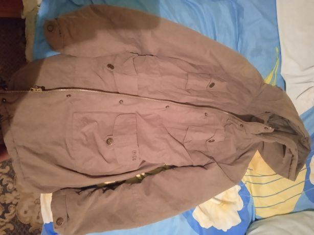 Безкоштовно куртка