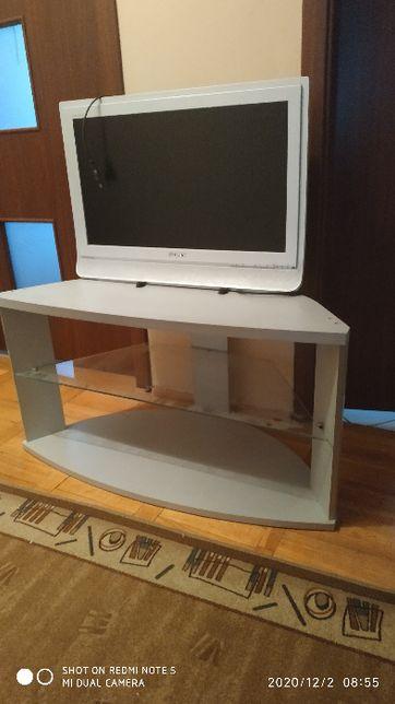 telewizor i stolik