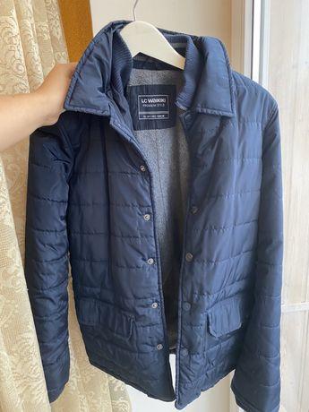 Куртка для мальчика на осень , на рост 152-158 см