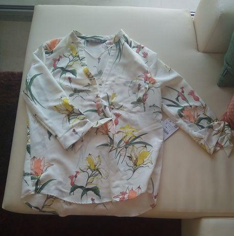 Blusa florida da Zara NOVA