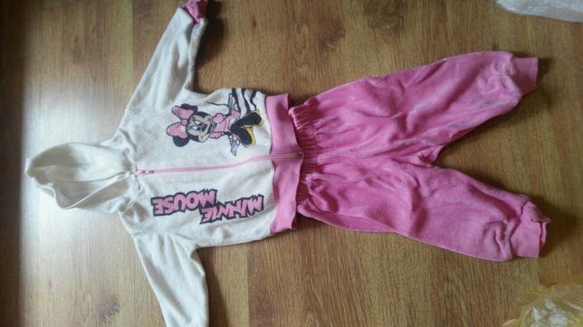 Спортивный костюм на девочку до года