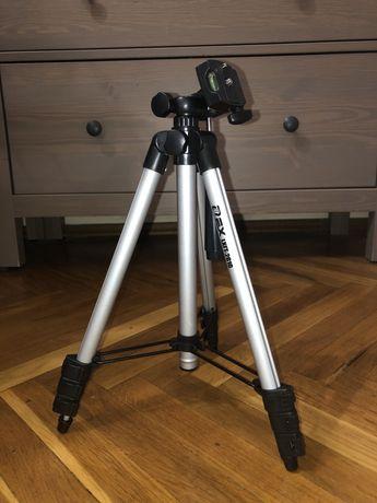 Штатив для фотоаппарата со встроенным креплением и чехлом