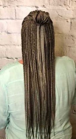 Услуги парикмахера, плетение афрокосичек
