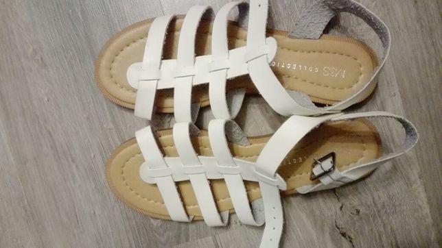 Sandały M&S