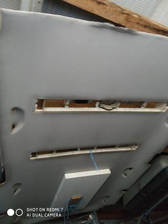 Podsufitka długa z lampami T5
