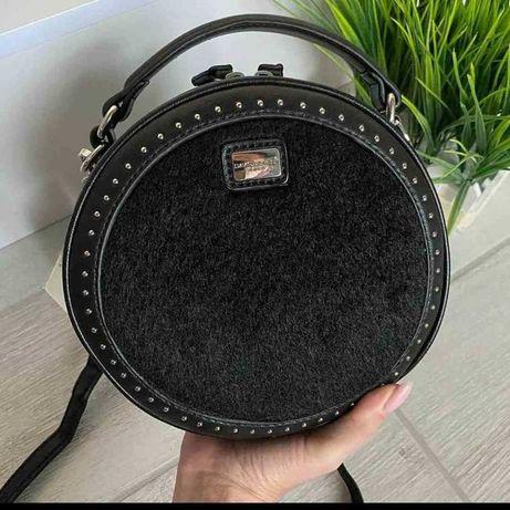 сумка  David Jones, удобная, очень красивая с мехом