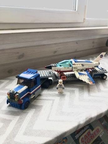 Лего сити Оригинал Транспортер для учебных самолетов арт 60079
