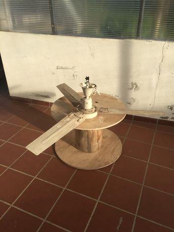 Ventoinha / ventilador tecto para restauração