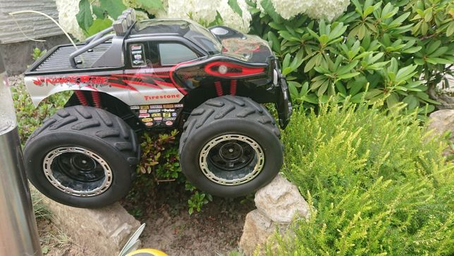 Mocny samochód terenowy zdalnie sterowany Monster Truck Snake 4x4