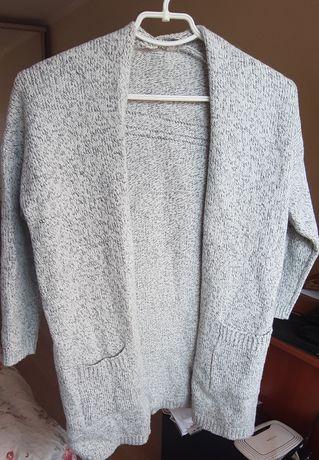 Серый вязаный теплый кардиган кофта на размер S, XS свитер