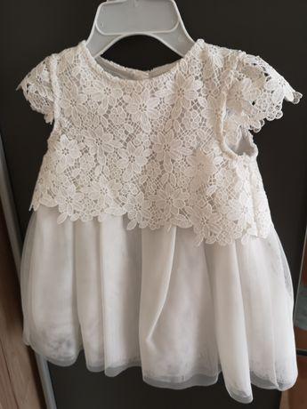 Sukienka biała, koronkowa dziewczynka