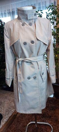 Płaszcz jasnobeżowy - trencz
