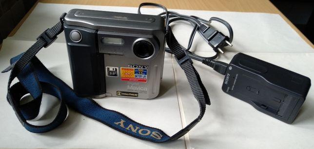 Цифровой фотоаппарат SONY MVC-FD5