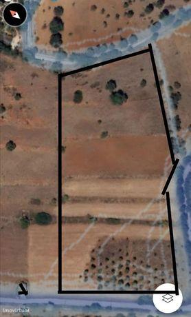 Vendo Terreno agrícola com poço