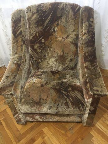 Кресла (в наличии 2 штуки)