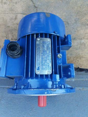 Электродвигатель АИРМ63В2У2 N (0,55kW, 2970об/мин, 220/380V)
