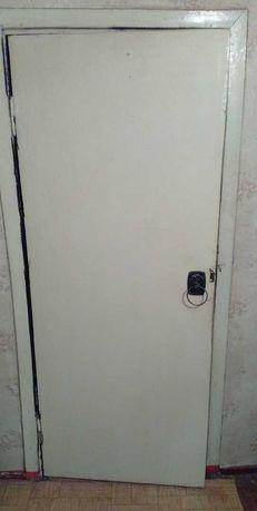 Дверь 300 рублей