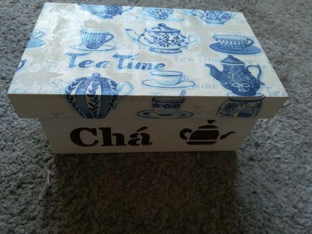 Caixinha para Chá em madeira. Nova.