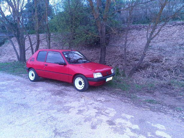 Vendo/troco Peugeot 205 XAD