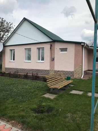 Продается отличный дом с хорошим участком и собственной баней,24 соток