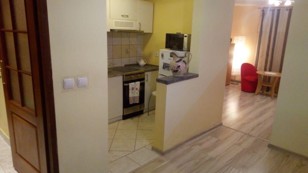 Ładne 2 pokojowe mieszkanie na 1,2,3 miesiące lub dłużej ul. Ojcowska Kraków - image 1